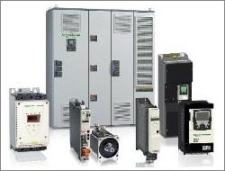 Устройства управления движением Schneider Electric